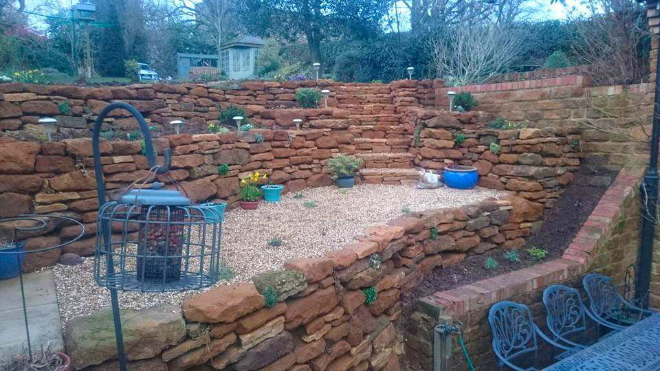 garden walls raised beds Northampton